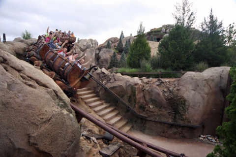 A nova Seven Dwarfs Mine Train