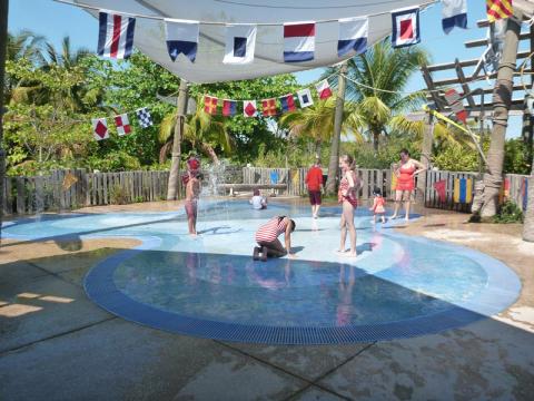 Spring a Leak, uma splash zone pras crianças brincarem