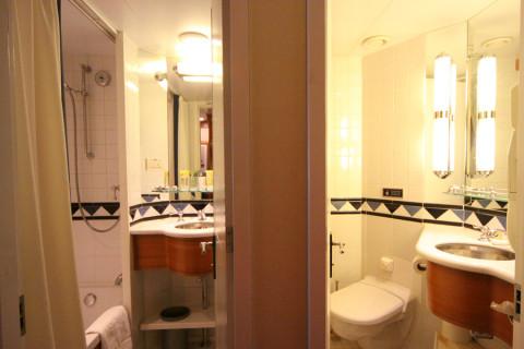 O Split Bathroom, que é o banheiro dividido em duas partes, ideia genial