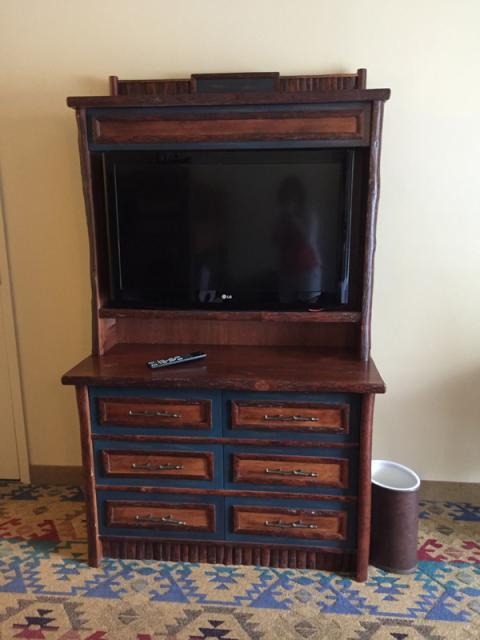 Móvel da TV no quarto