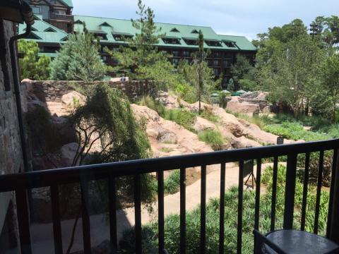 Vista de um dos quartos standard no Wilderness Lodge