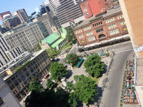 Vista da Phillips Square do deck do hotel