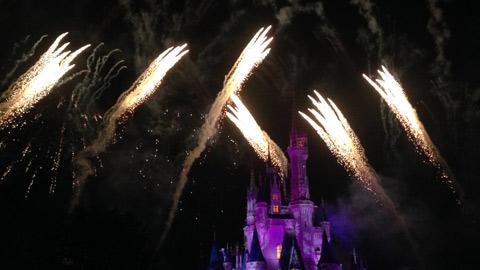 Wishes nighttime spectacular, o show de fogos mais bonito dos parques, na minha opinião