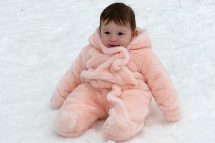 Como vestir e viajar com o seu filho pequeno no frio neve cc8e13ae93a