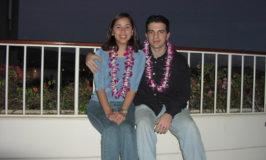 Eu e o Gabe na nossa lua-de-mel em Oahu, Hawaii, em 2002