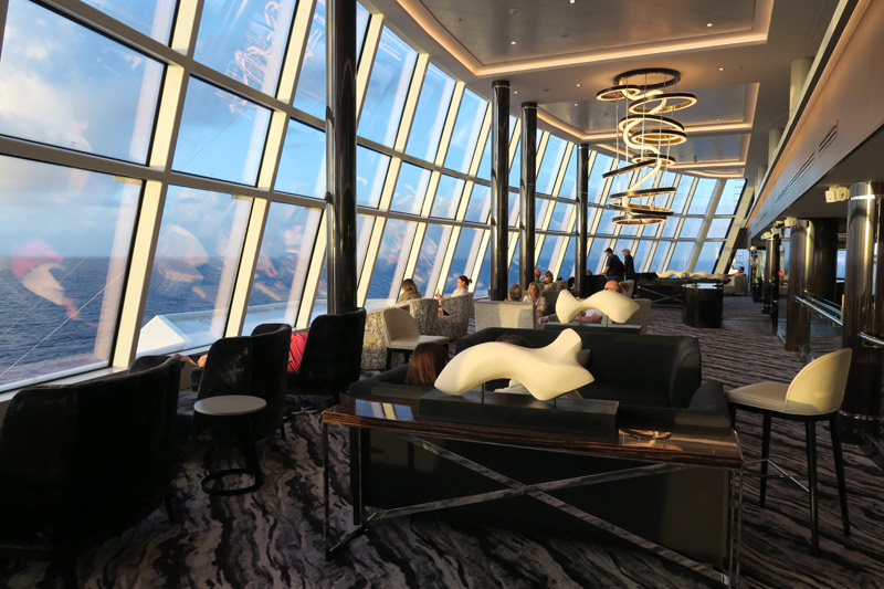 observation lounge no Norwegian Bliss