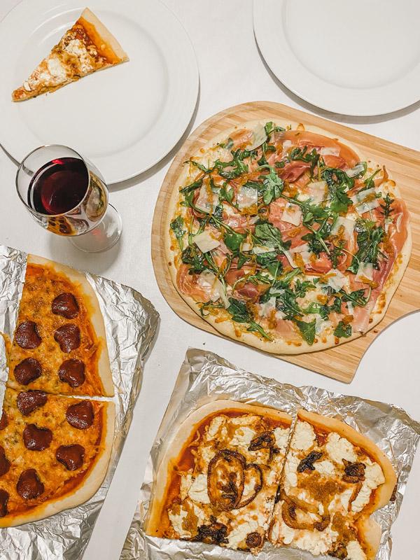 Nossas pizzas caseiras de toda sexta-feira