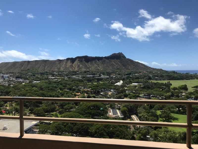 Vista de uma das varandas de suite no Queen Kapiolani Hotel
